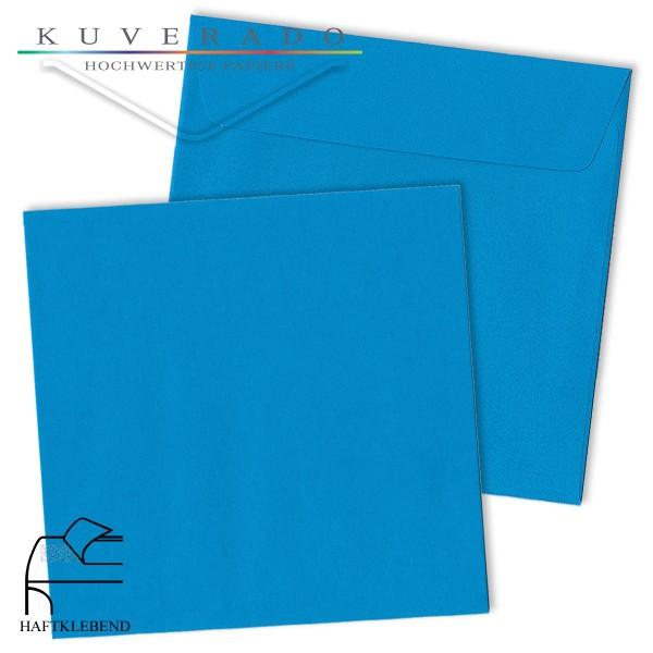 blaue Briefumschläge quadratisch