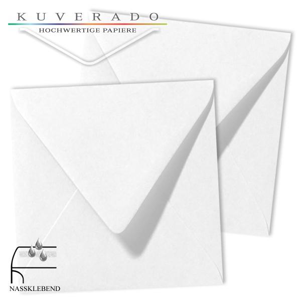 weiße Briefumschläge im Format quadratisch 120x120 mm