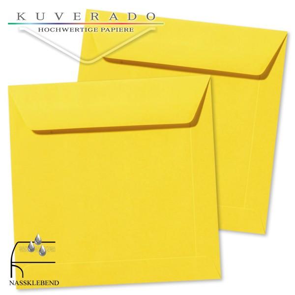 gelbe Briefumschläge im Format quadratisch 220x220 mm
