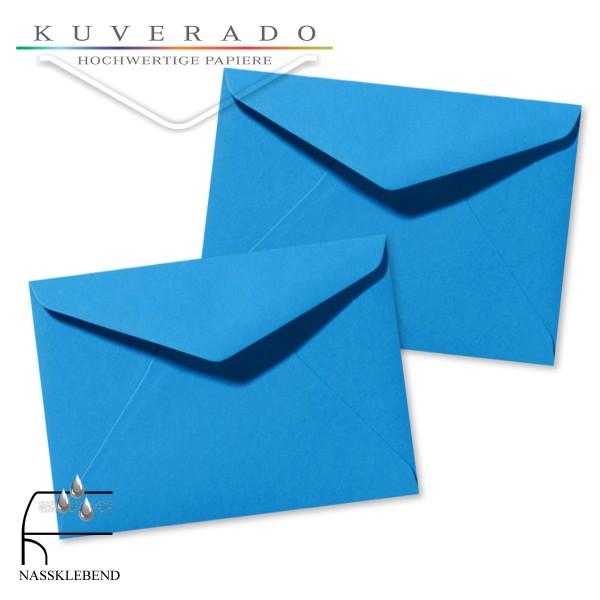 blaue Briefumschläge im Format 110 x 156 mm