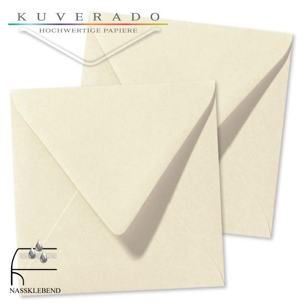 quadratische Briefumschläge in der Farbe elfenbein beige genarbt