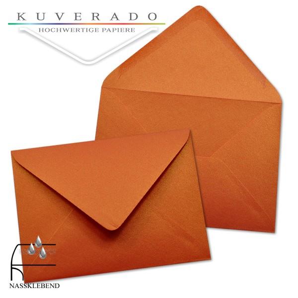 glänzende metallic Briefumschläge in orange im Format 110 x 156 mm