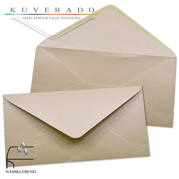 glänzende metallic Briefumschläge in karamell im Format DIN lang