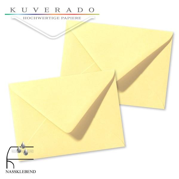 gelbe Briefumschläge im Format 110 x 156 mm