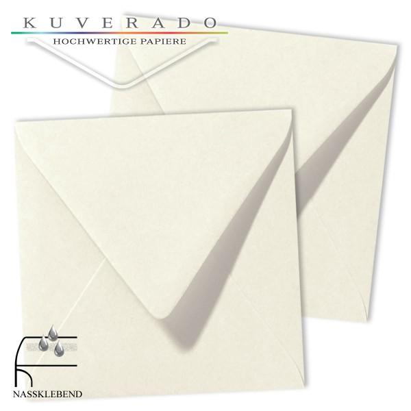 weiße Briefumschläge im Format quadratisch 140x140 mm