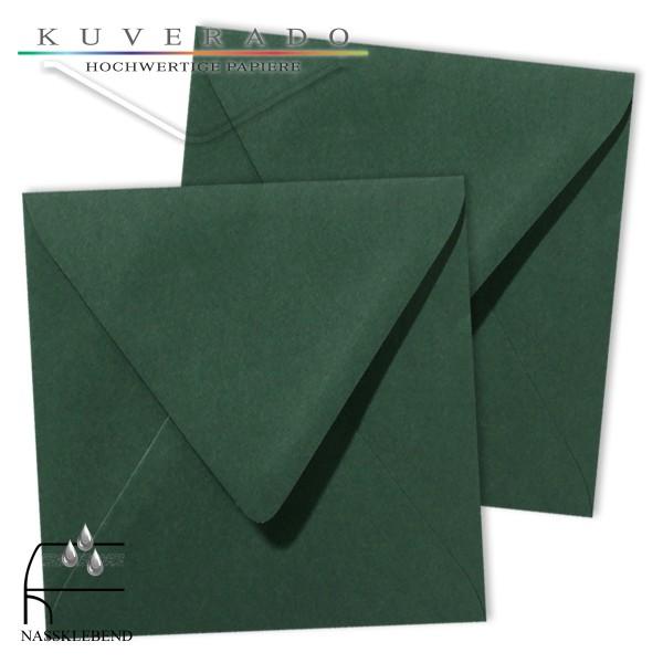 grüne Briefumschläge im Format quadratisch 120x120 mm