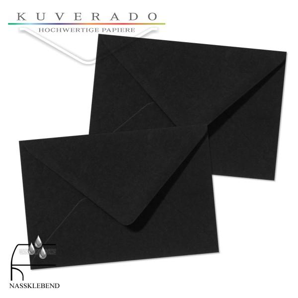 schwarze Briefumschläge im Format 120 x 180 mm