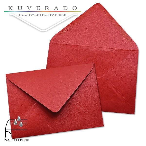 glänzende metallic Briefumschläge in rot im Format 110 x 156 mm