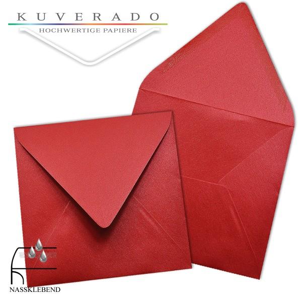 glänzende metallic Briefumschläge in rot im quadratischen Format 140 x 140 mm