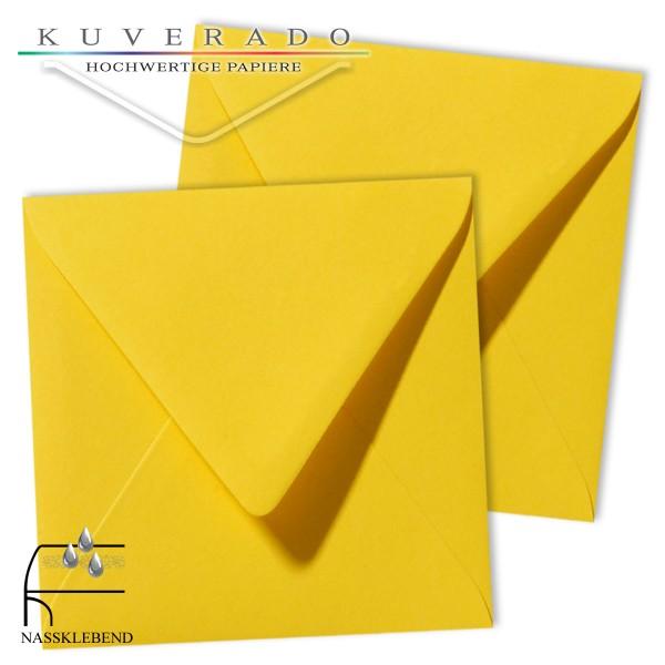 gelbe Briefumschläge im Format quadratisch 120x120 mm