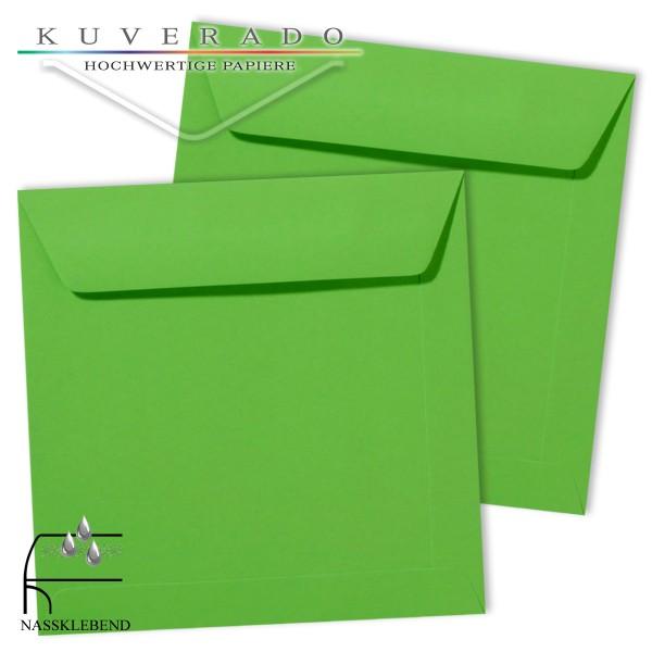 grüne Briefumschläge im Format quadratisch 220x220 mm